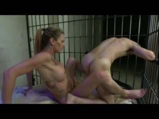 Transsexual Bonks Serf Di Permosa Mama