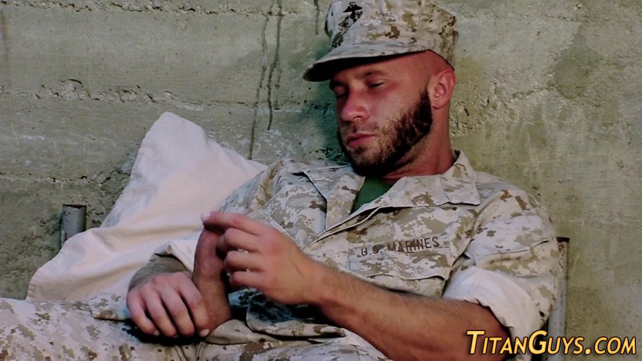 Bulit gay soldiers jizz Naked sex online