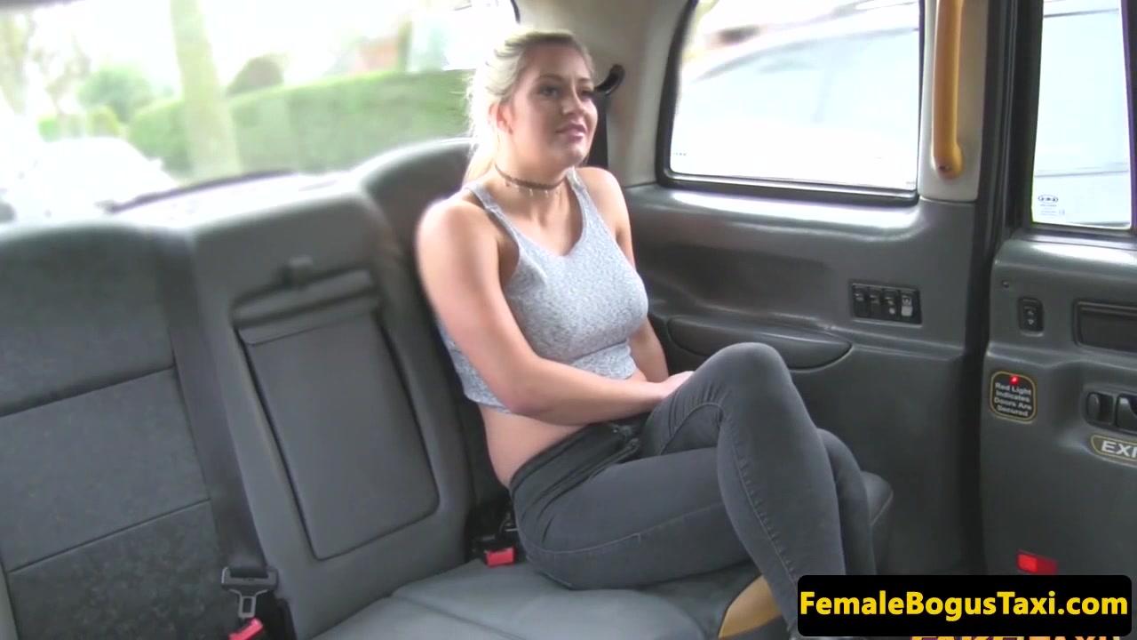 Lesbiab fucks fuckk British