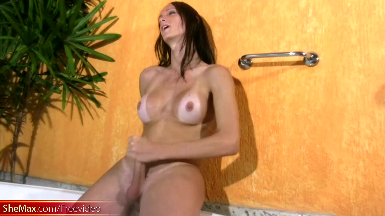 T-girl with perfect boobs enjoys her jerking in jacuzzi