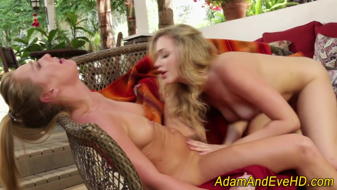 Pornex masturbatian gallerys Lesbiyn