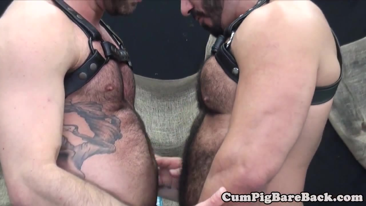 Dilf toying bears ass before barebacking Girlfriends Anal Sex With A Strapon