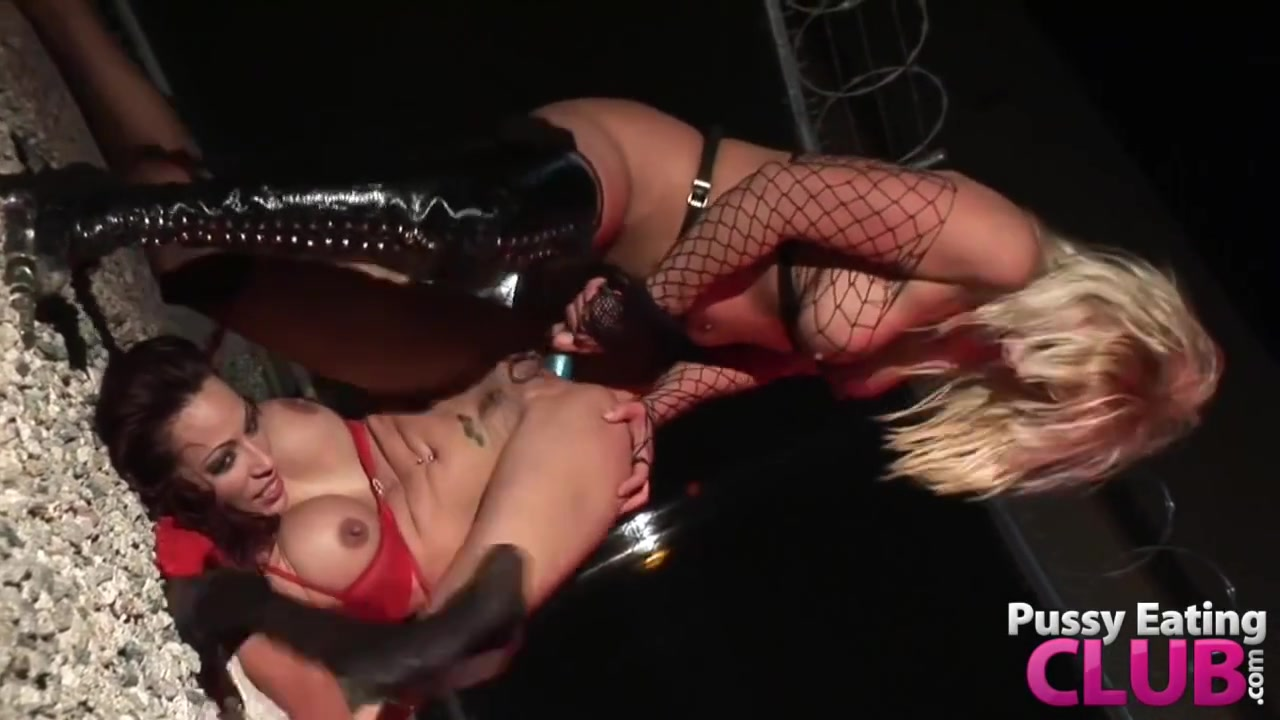 Softcore lesbion sexi orgasm