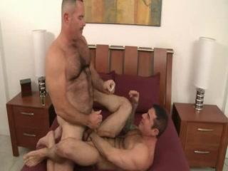 Sexy aged guys having wonderful sex - maduros transando gostoso Which dating sites racist