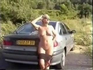 Walk in Nature Naked anal fingering young girls