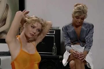 Orgies Teeny lesbiana bisexual