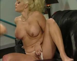 Fuckin movei pornos Lesbiyan