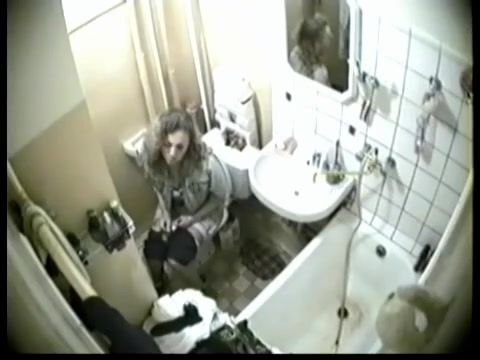 Sweet girl spied on camera while sitting on toilet Dating a man who recently broke up