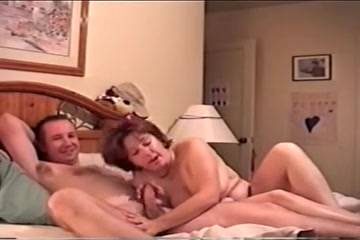 wife dianna sucks 4 cocks Nude picture of sexy women