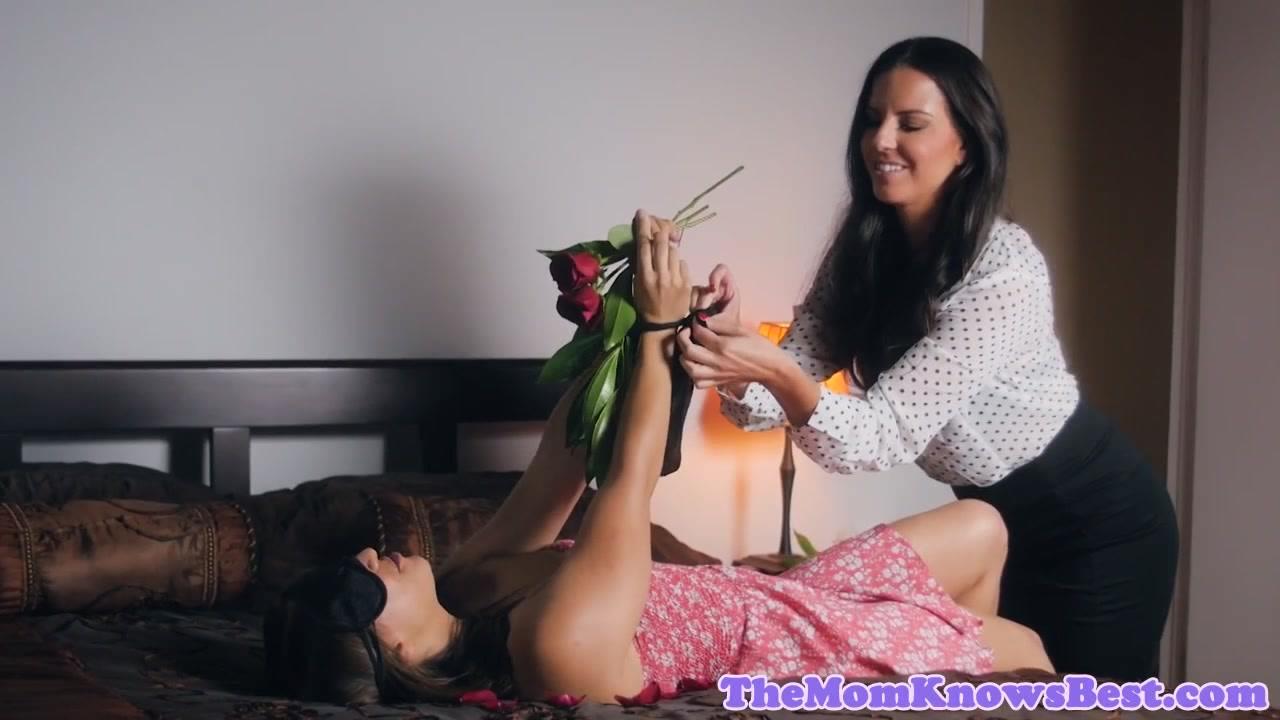 Sexy mp4 videos free