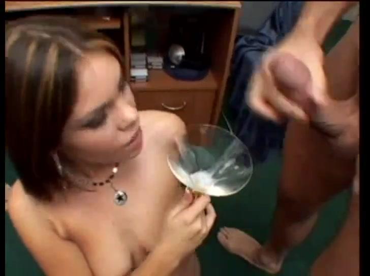 Incroyable scene porno bisexuelle Katrina Kaif Hot Kiss