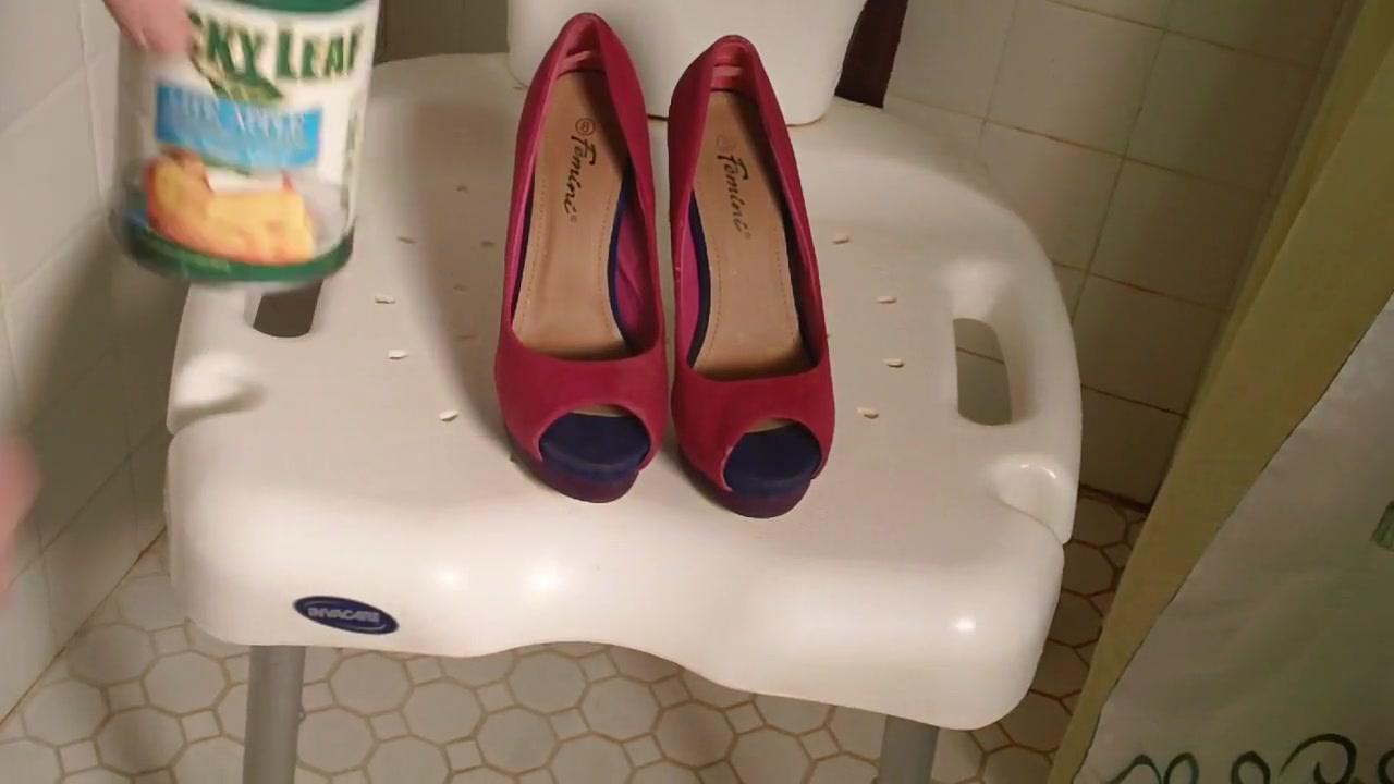Heel Bootfucking CD heels get messy gruop sex in pantyhose