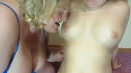 Xxx masturbatian lesbiana Girlfriend