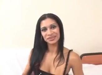 Super Hot Babe Emanuelle 2 I want sex but no relationship