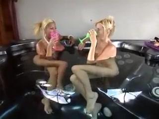 Licking Face lesben sexi