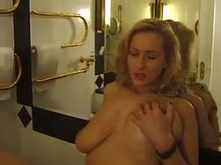 Sexi videos Lesbain fucked