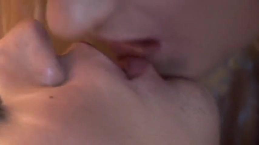 Lesbianin sexual fucks photo