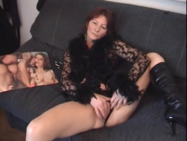 Very Horny Mommy cant Wait for junior Cock My mature wife pics