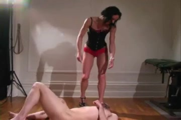 Relly Brutal Ballbusting three kourtney kardashian porn pics
