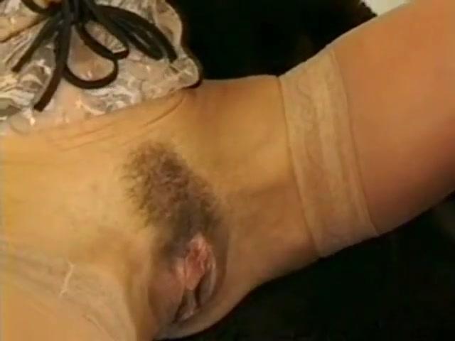 Masturbate Squirting lesbo fucked