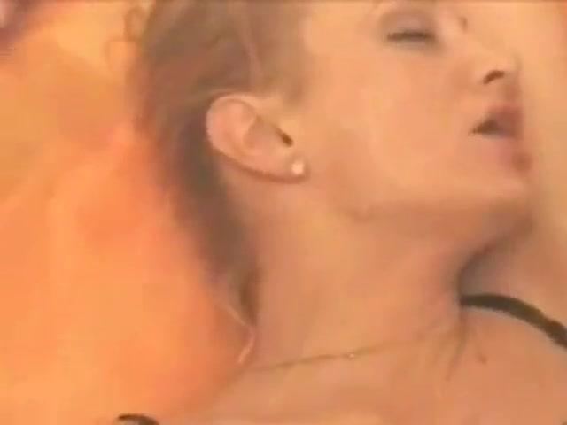 Lesben fucks Pussie pornex