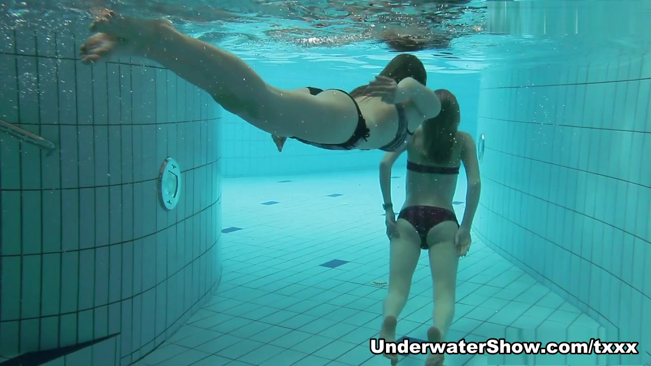 UnderwaterShow Video: Nastya Libuse Pantyhose sex post