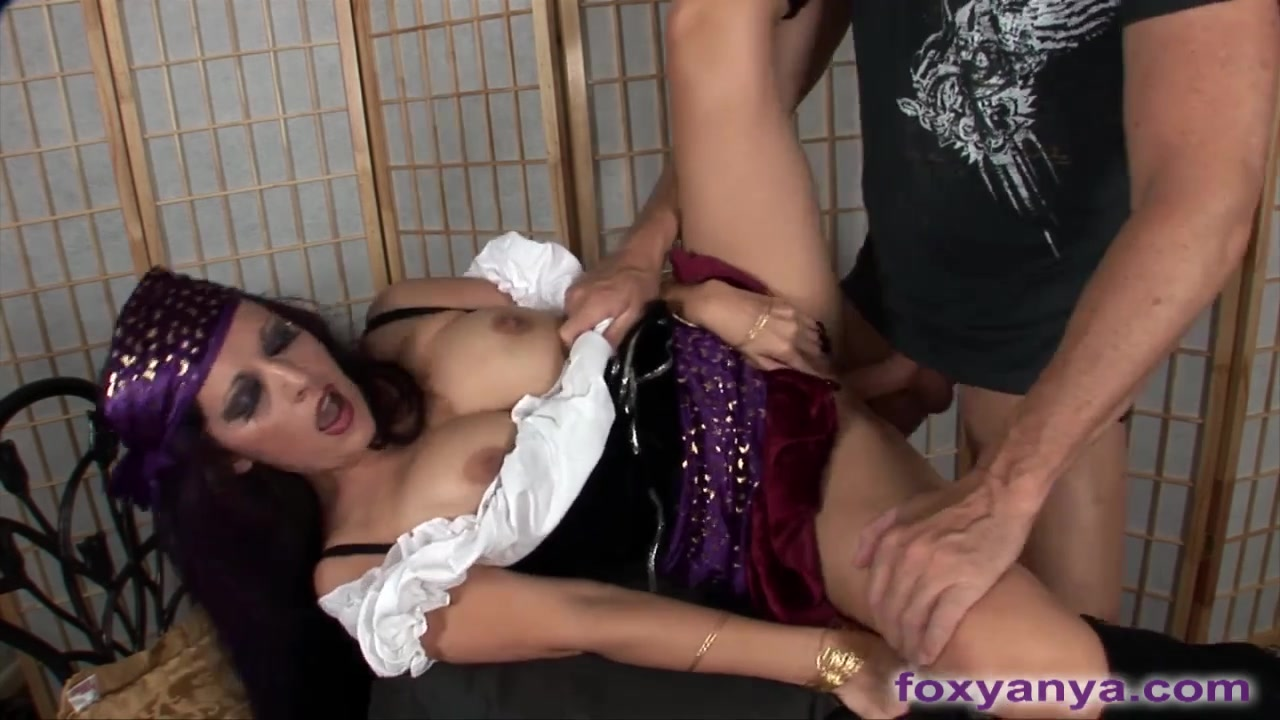 Nasty Gypsy Foresees Engulfing And Fucking Bbw girls getting fucked