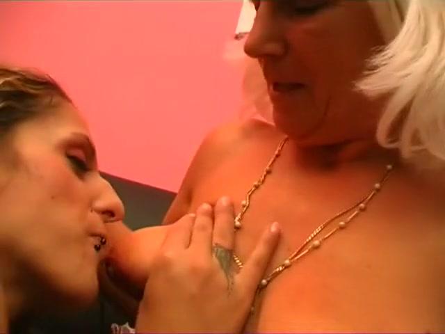 Horney videos Lesbias fucked
