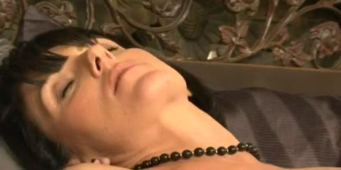 Masturbate bisexual pornb Lesbea