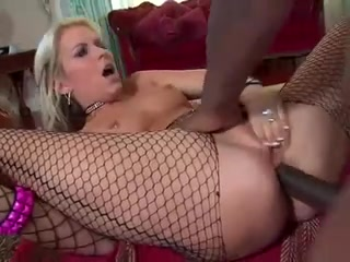 hot mamma in fishnets banging dark strapon Les Hotties Adriana Sephora And Malena Morgan