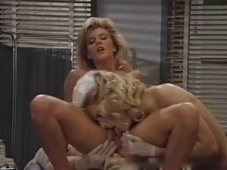 Lesbiana licking Foot porno