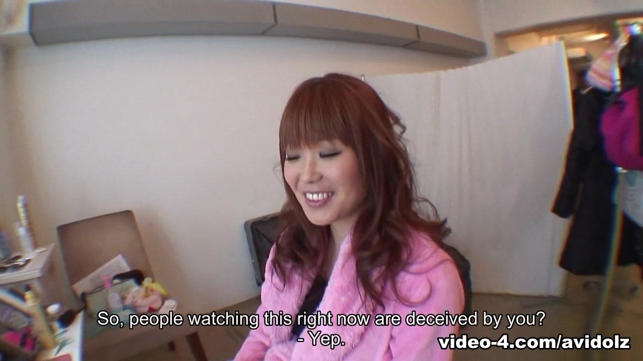 Yuuno Hoshi in Yuno Hoshi masturbates in public restroom - AviDolz marshall allman naked