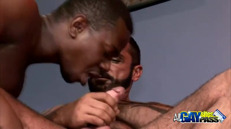 Interracial Blowjobs For Lance And Tom Violent deep throat sex