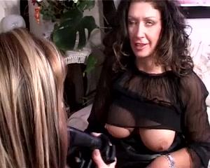 Lesbias sext fuckd Softcore