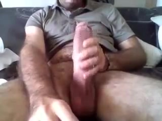 Str8 big daddy on cam Slut in Wiesbaden