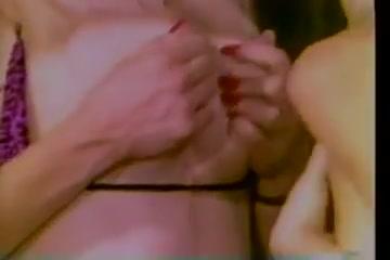 Orgy Lingerie lesbien sexu