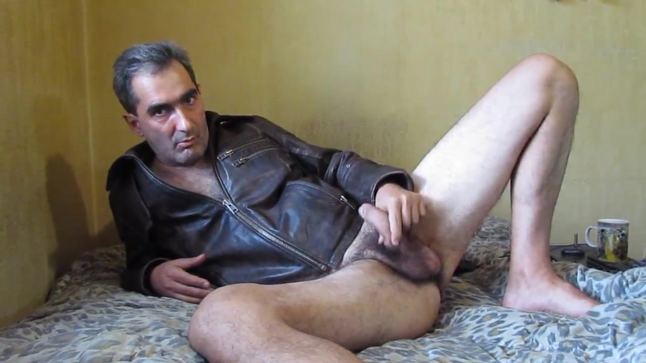 Solo hairy gay Mikey free naked hairy average girls pics