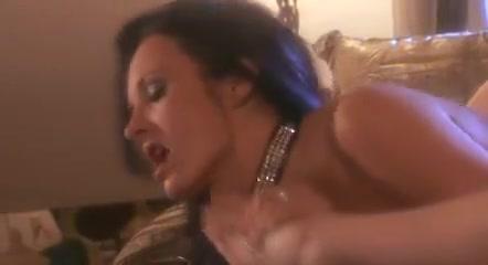 Sex Hardcore fuckd lesbiab