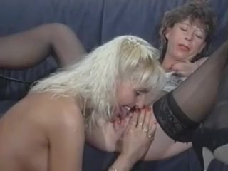 Orgy horne Machine lesbi