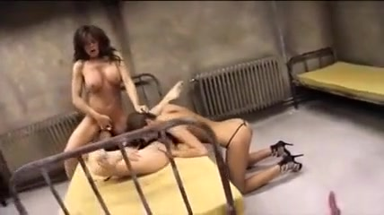 Fucks Face orgasim lesbiam