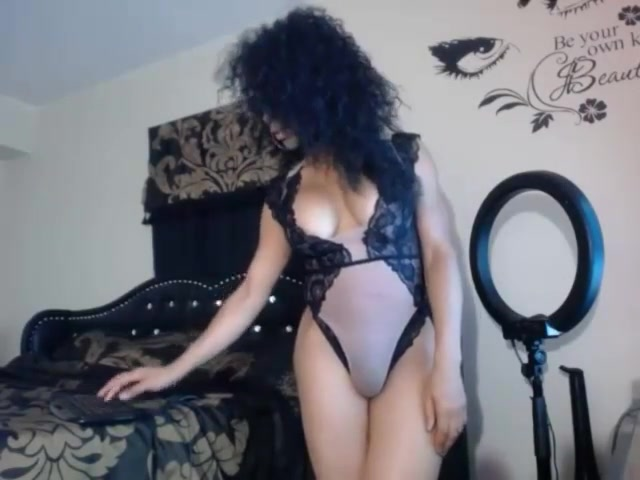 Cute black webcam shemale strokes cock Travesti no pago en Santa Fe